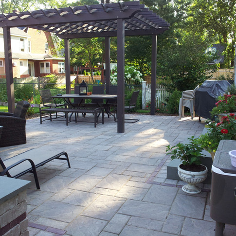 Paving Block Patio Located In West Hartford, CT