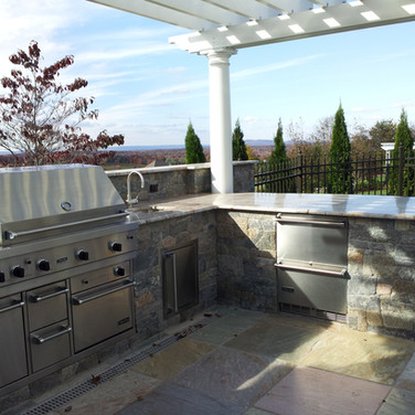 Wallingford, CT Outdoor Barbecue Area