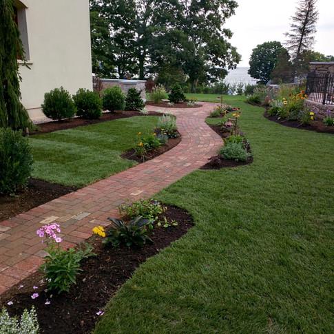Running bond clay brick walkway