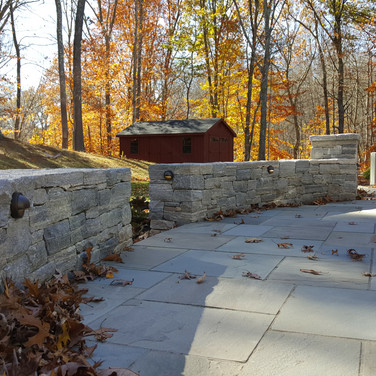 Stone sitting wall in Westbrook, CT