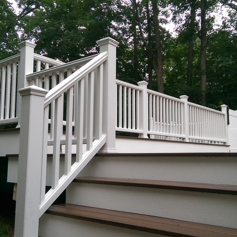 Expansive Multi Level Deck