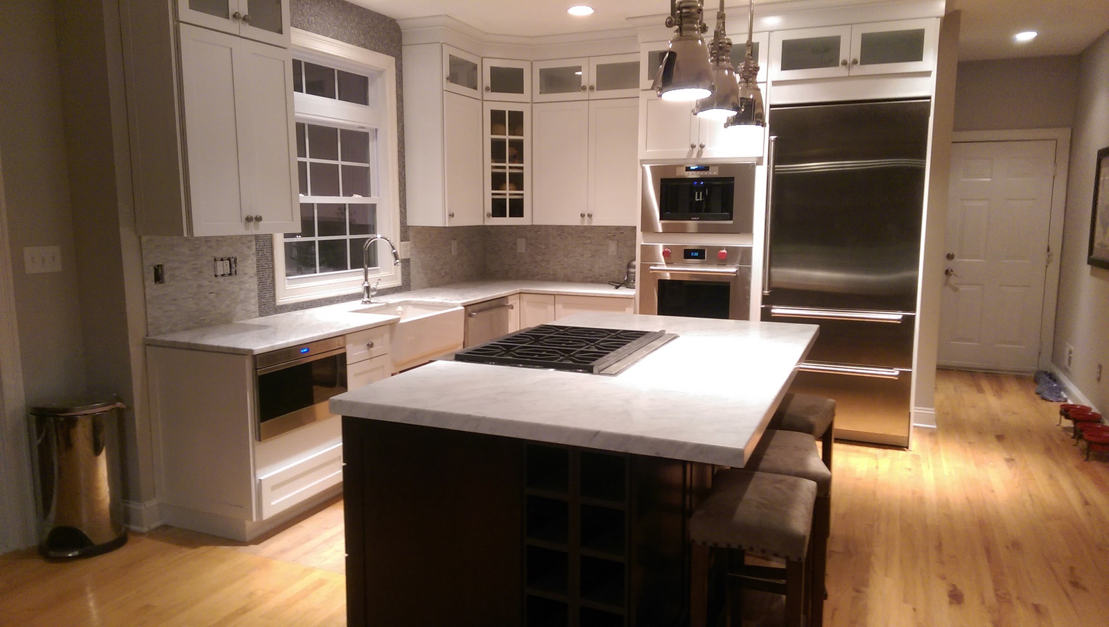 glastonbury, ct kitchen with island
