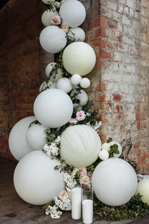 Wedding balloon garland