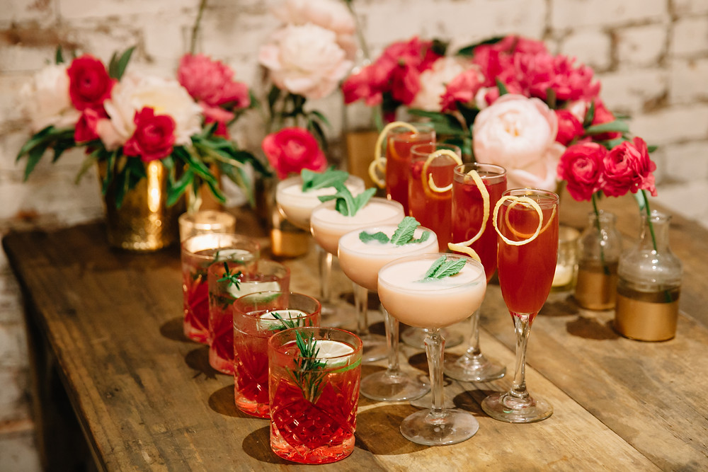 Wedding bar cocktails