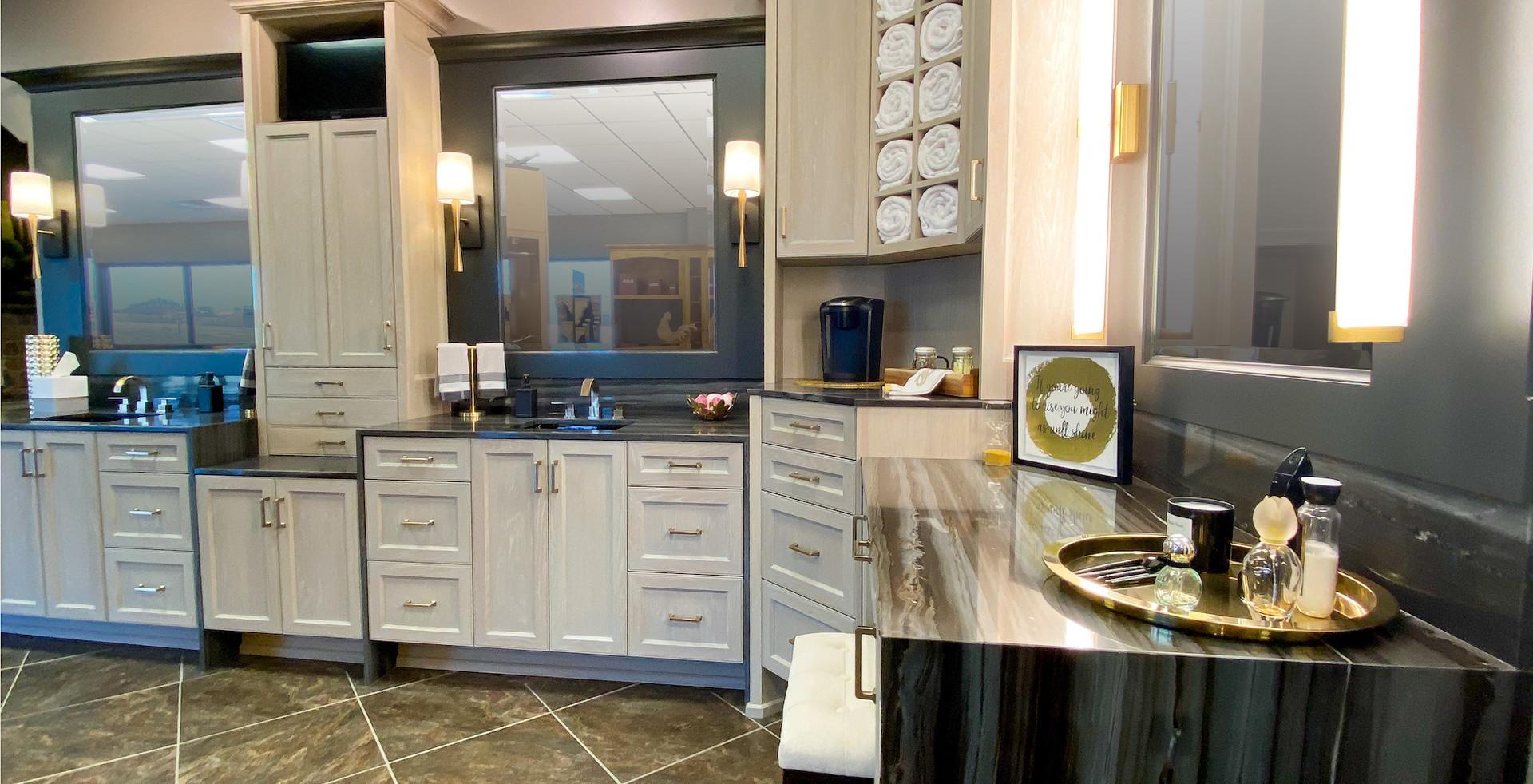 sullivans-showroom-bathroom-6851.jpg