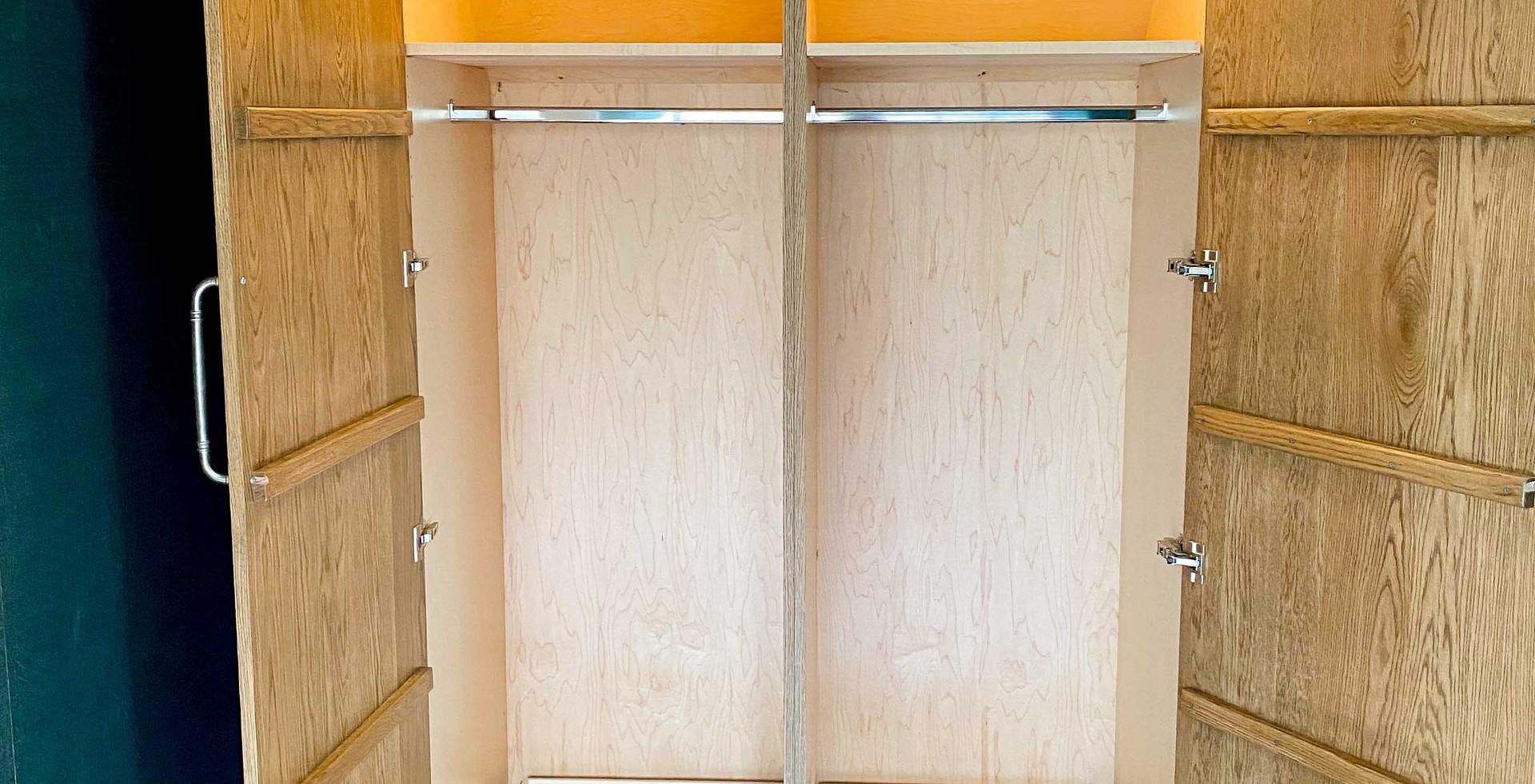 sullivans-cabinets-guest-cottage38.jpg