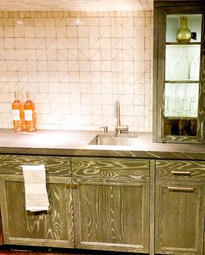 Sullivans-Cabinets-Prefinished-wetbar-.jpg