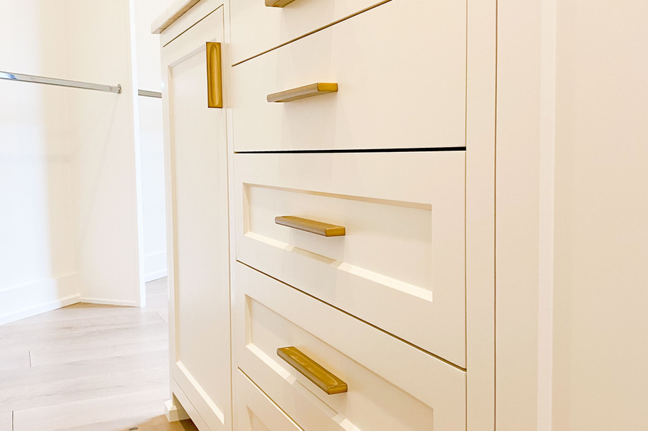 transitional-cabinetry-tulsa40.jpg