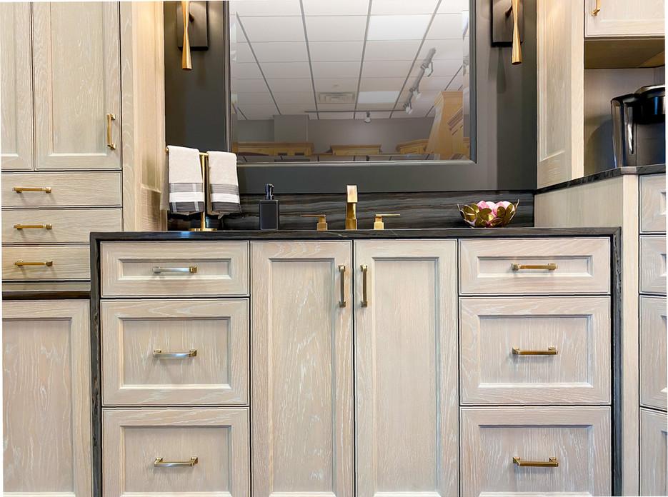 sullivans-showroom-bathroom-6855.jpg