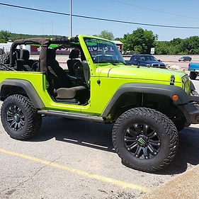 2012 Jeep Jk  Rough Country 3.5 lift wit