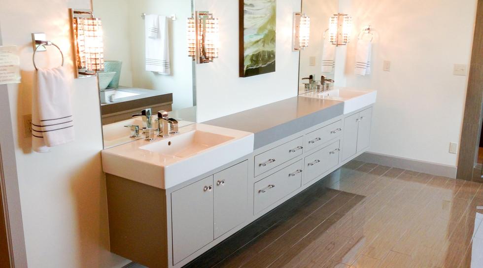 sullivans-cabinets-bath-48.jpg