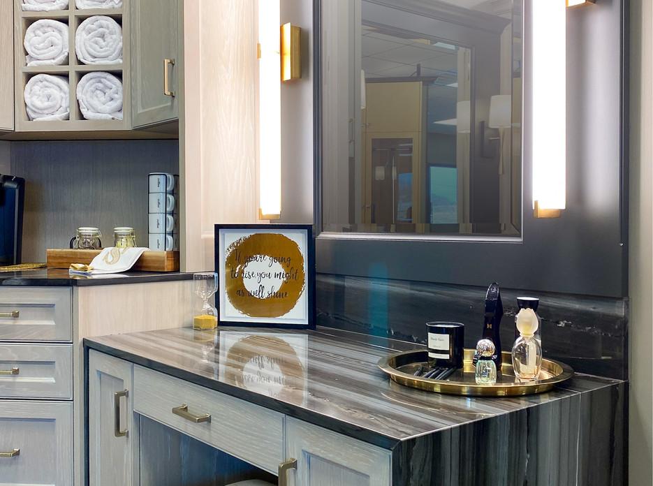 sullivans-showroom-bathroom-6852.jpg