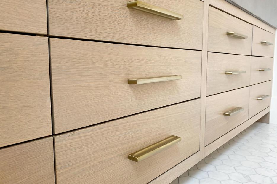 transitional-cabinetry-tulsa45.jpg