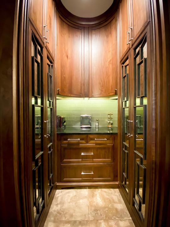 Dry Bar - Radius Cabinetry