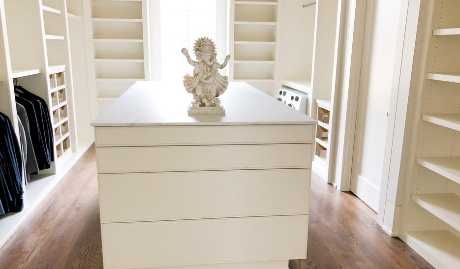 Sullivans Custom Closet Cabinetry