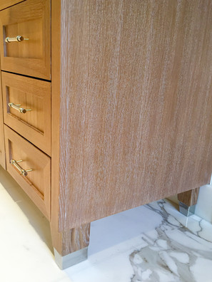 Sullivans-Cabinets-Prefinished-stained-cabinetry.jpg
