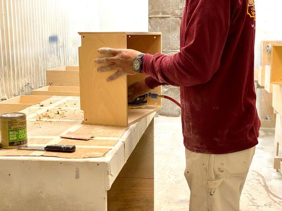 sullivans-cabinetry-tusa-finishing.jpg