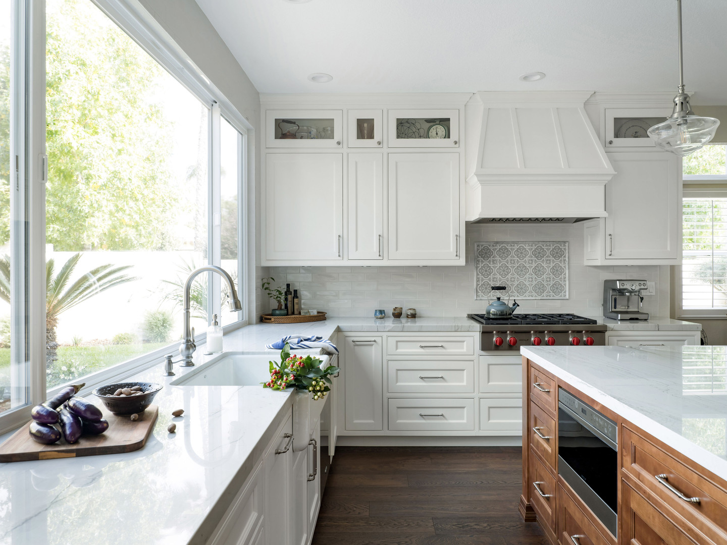 Classically Appointed : Kitchen