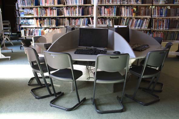 Library-computer-table-.jpg
