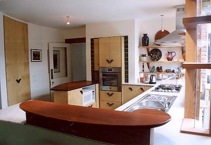 button int kitchen lk nth from west close 75.jpg
