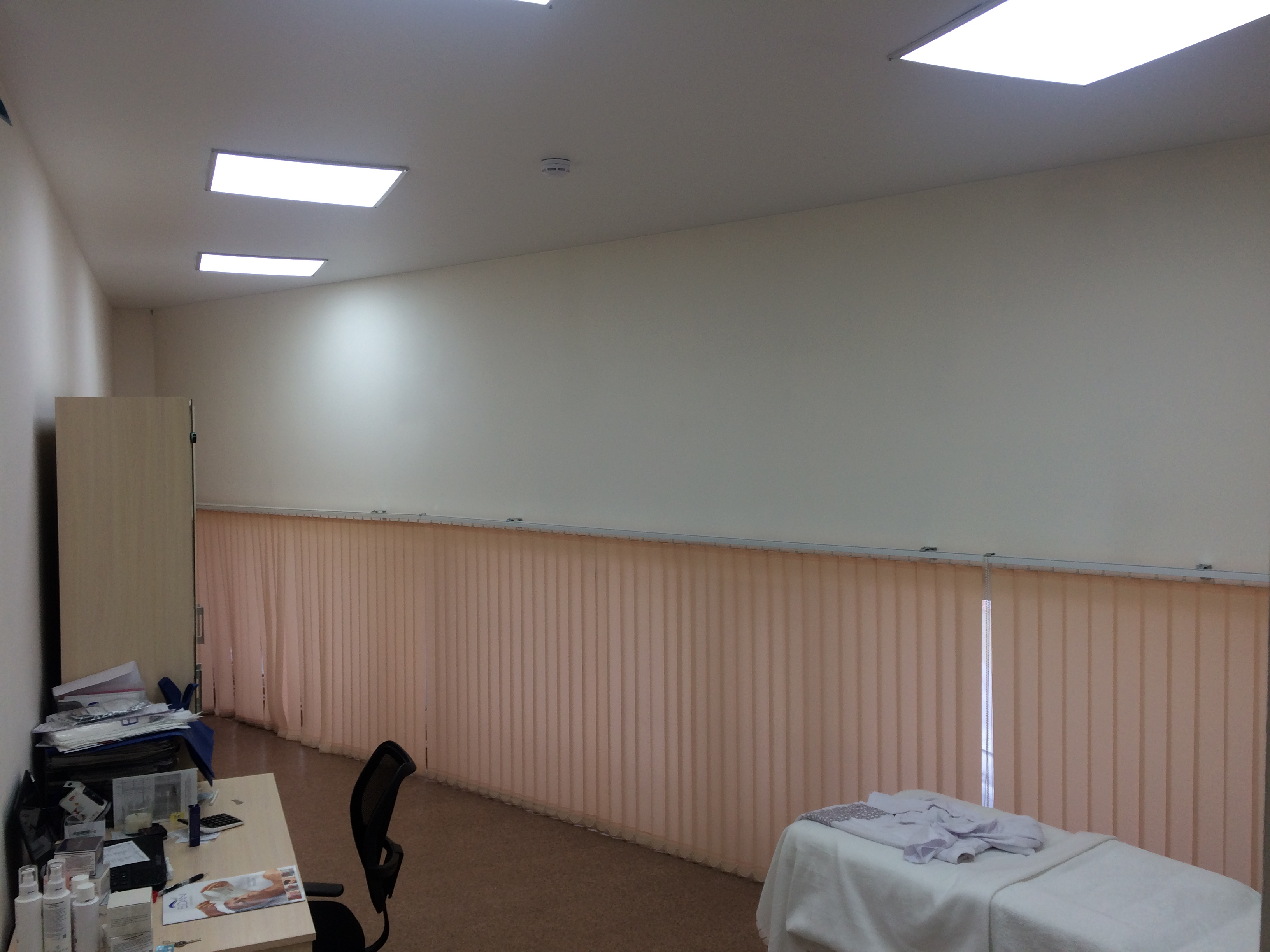 После - светодиодные панели