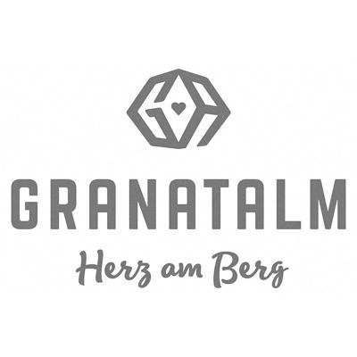 Granatalm Herz am Berg