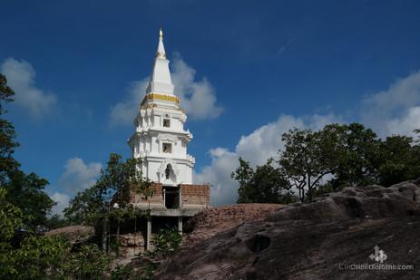 Wat Don Chedi (Nakhon Ratchasima Province)