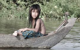 Cambodian Girl Tonle Sap Lake