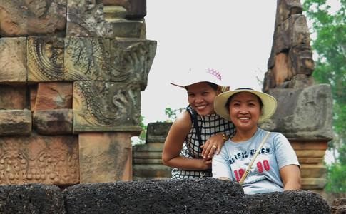 Natthanan Weaver at Prasat Muang Tam