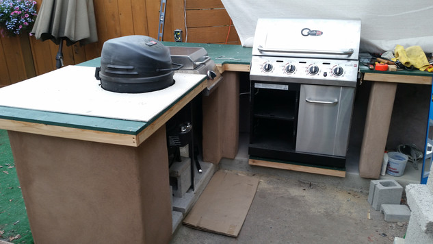 """The Big Easy"" SRG (Smoker Roaster Grill) is now set"