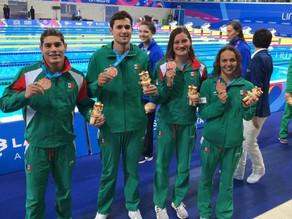 Nadadores vuelven a subirse al pódium