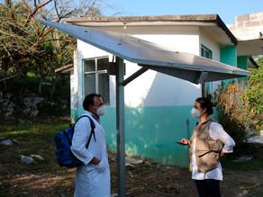 """Paneles solares dan """"luces de esperanza"""" a comunidades marginadas de México"""