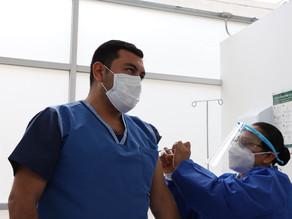 Termina primera fase de vacunación para personal de salud
