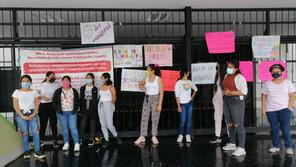"""Aspirantes a educadoras """"oficializan"""" inicio de huelga de hambre"""