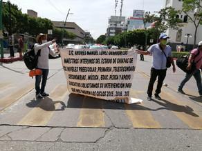 Maestros interinos reclaman pago atrasado de 20 millones de pesos