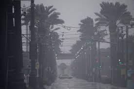 El huracán Ida deja completamente a oscuras a todo Nueva Orleans