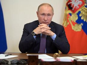 Putin, obligado a guardar cuarentena por contagiados por covid en su entorno