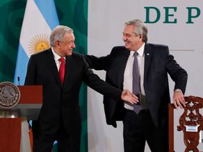 Presidente de Argentina pide analizar papel de la política ante la pandemia