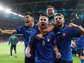 Italia avanza en penales