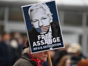 Assange comparece en inicio de su juicio de extradición a EU