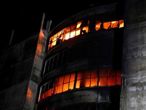 Al menos 52 muertos y 25 heridos en uno de los peores incendios de Bangladesh