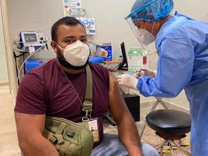 Los mexicanos que decidieron combinar vacunas, ¿corren riesgos?