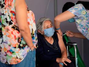 Chile llega a los cinco millones de vacunados contra covid-19, quince días antes de lo previsto
