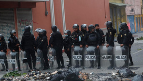 Protestas en el Congreso de Guatemala dejan cuatro periodistas heridos y dos detenidos