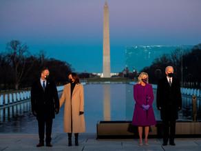 Biden y Harris homenajean a los 400.000 muertos por la pandemia en EU