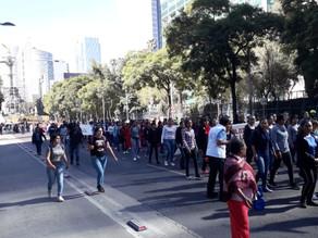 Normalistas de Chiapas marchan y protestan en informe de AMLO
