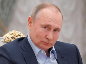 Putin se vacuna contra la covid-19 mientras los rusos siguen desconfiados