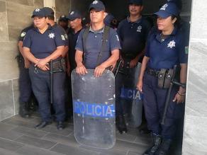 Policíasde Arriaga arremetieron contra trabajadores