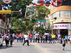 Con bloqueos docentes de Telebachillerato Comunitario exigen el pago de 20 millones