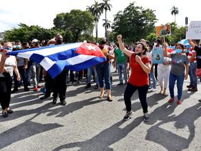 Tercer día de protestas en Cuba: un muerto, detenciones y sin internet